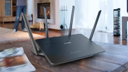 wireless router middle house